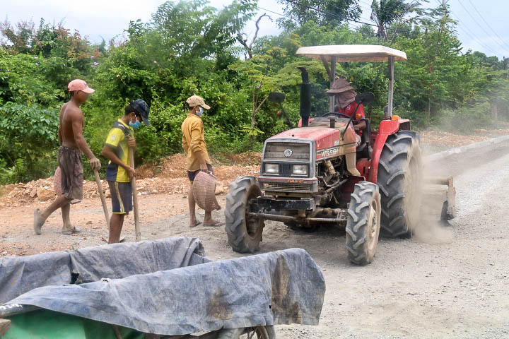 The Road Builders of Kampot